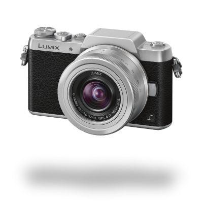 Panasonic Lumix DMC-GF7 (stříbrný) - kompakt