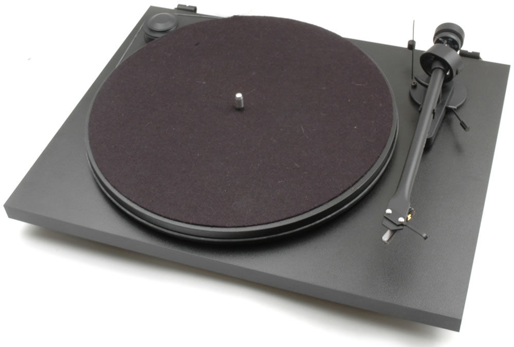Pro-Ject Essential II USB