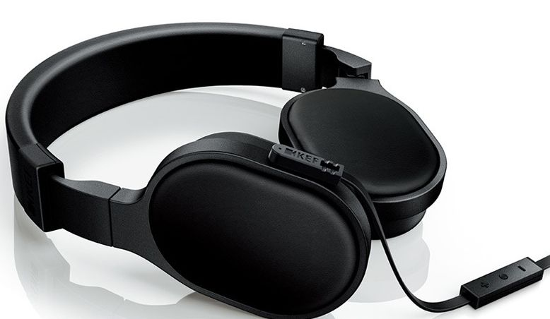 KEF M500 (černá)