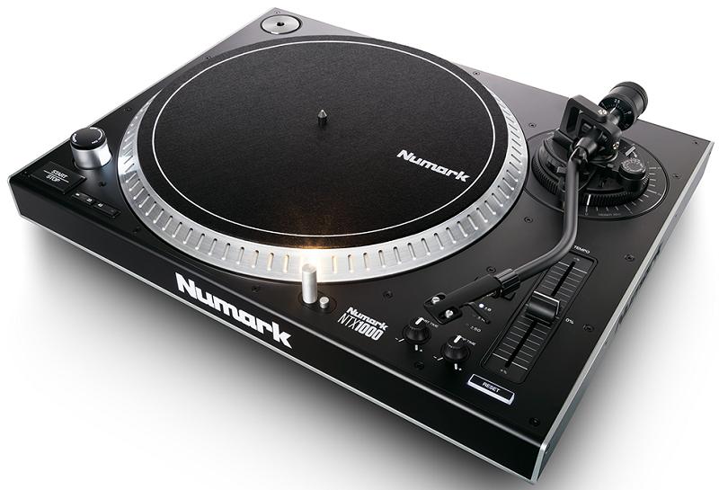 Numark NTX1000 černý