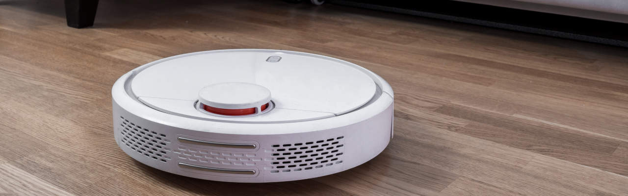 5 robotických vysavačů s mopem, které vám vytřou zrak i podlahu