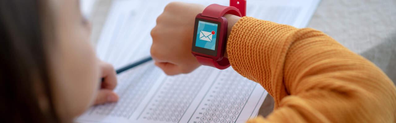 Dětské chytré hodinky: Pořídit, či nepořídit?
