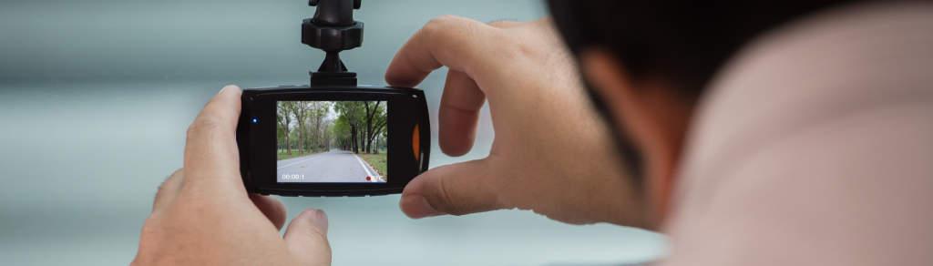 3 důvody, proč si pořídit autokameru a jak ji vybrat