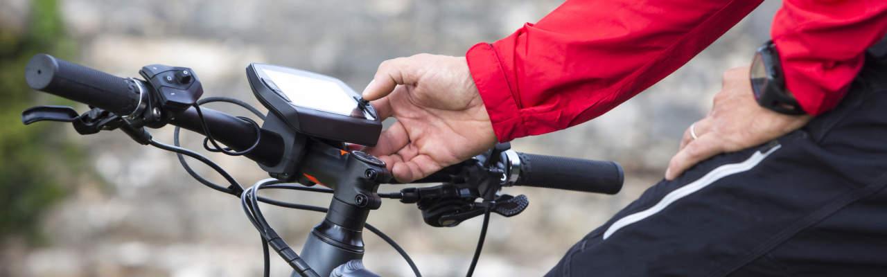 Cyklonavigace: Proč je lepší než tachometr i chytrý mobil