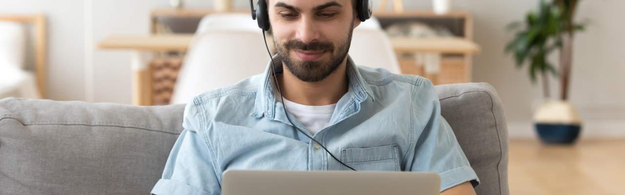 Zaostřeno na kamery a mikrofony k PC: Co potřebujete, abyste byli na teleschůzkách vidět a slyšet?