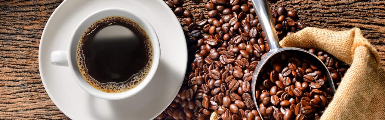 Chytré kávovary: Vyplatí se? A v čem jsou lepší než ty obyčejné?