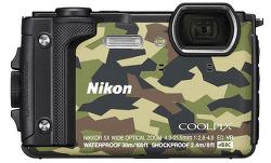 Nikon Coolpix W300 kamufláž + plovoucí popruh vystavený kus splnou zárukou