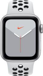 Apple Watch Series 5 Nike 40mm stříbrný hliník s platinovým/černým sportovním řemínkem