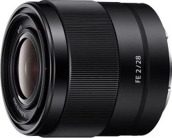 Sony FE 28 mm f/2.0