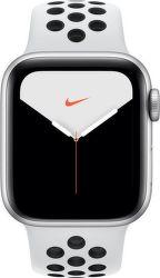 Apple Watch Series 5 Nike 44 mm stříbrný hliník s platinovým/černým sportovním řemínkem