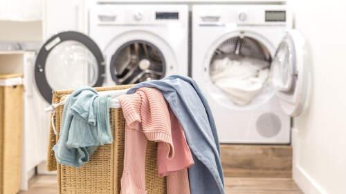 Chytrá pračka: Usnadní vám praní a zapnete ji klidně z práce
