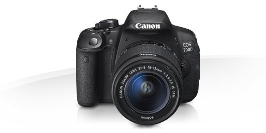 Canon EOS 700D + 18-55mm + 55-250mm