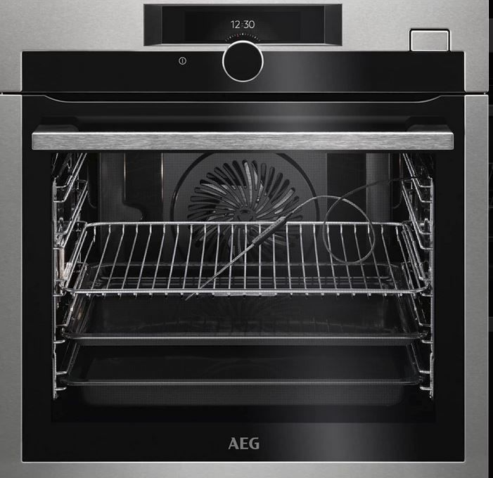AEG Mastery SteamBoost BSE882320M