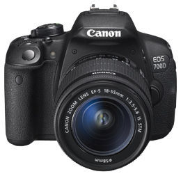 Canon EOS 700D + objektiv EF-S 18-55IS STM