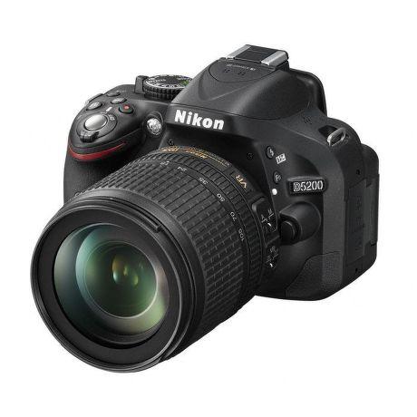 Nikon D5200 + AF-S DX 18-105 VR ED