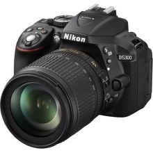 Nikon D5300 + AF-S DX 18-105 VR